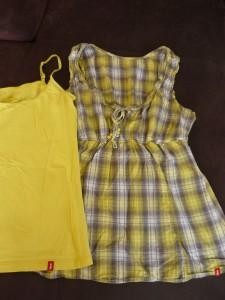 ensemble jaune : t shirt bretelle jaune + chemisier jaune gris carreaux  sans manche avec lien de serrage Marque  : EDC esprit état excellent Taille : L Prix  : 15 euros
